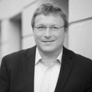 Dr. Tobias Klug